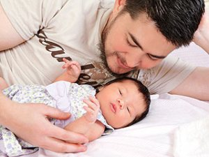 Thomas Beatie, with daughter Susan Juliette