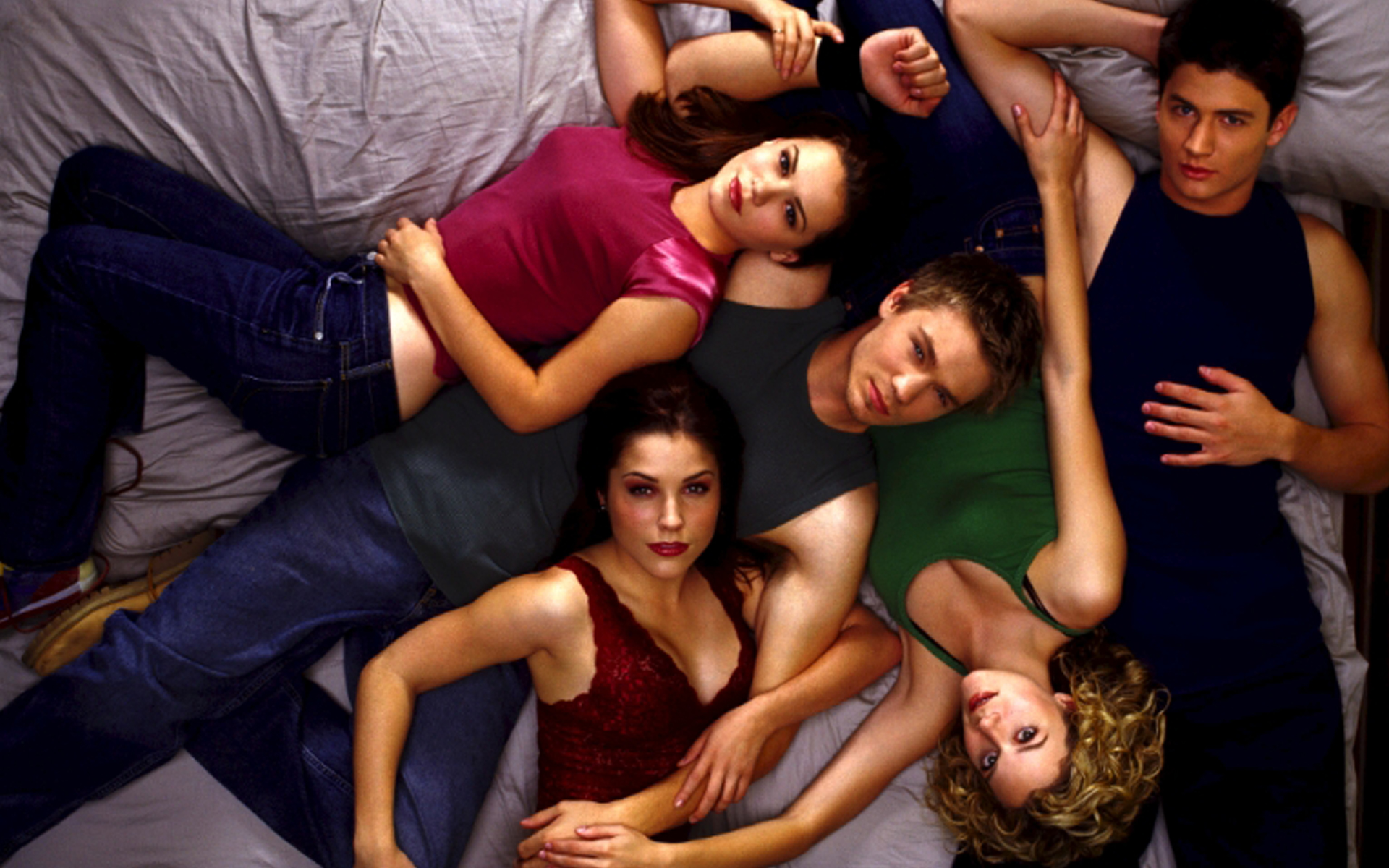 One Tree Hill - one tree hill | B-DAZZLED