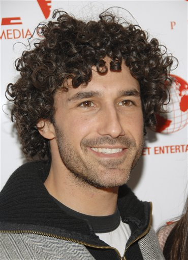"Television personality Ethan Zohn appears at the IFC Center in this March 12, 2008 photo in New York. ""Survivor"" champ Zohn has cancer. Zohn, who outlasted the competition to win ""Survivor: Africa"" in 2002, is undergoing chemotheraphy for a rare form of Hodgkin's disease, Monday, May 18, 2009. (AP Photo/Evan Agostini)"