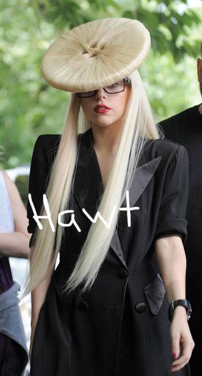 fp_3210842_barm_lady_gaga_0629093__oPt